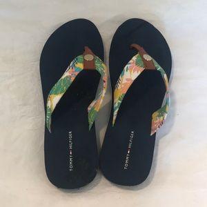 Woman's Tommy Hilfiger flip flops